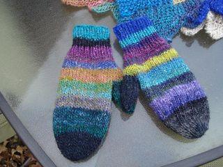Starry mittens