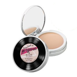 Foundation-benefit-gorgeous